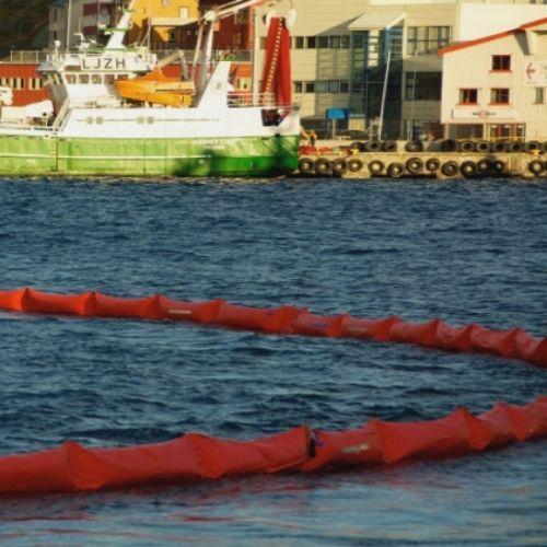 barrera contención marina